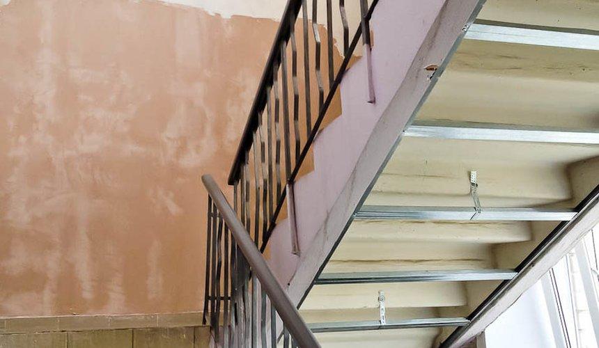 Ремонт лестничной клетки в офисном здании по ул. Шаумяна 12