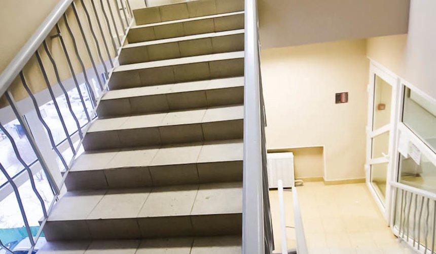 Ремонт лестничной клетки в офисном здании по ул. Шаумяна 2
