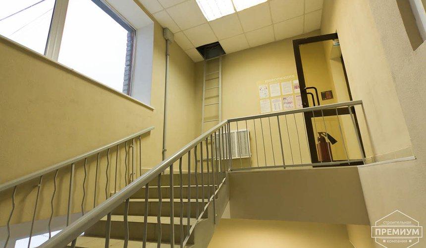 Ремонт лестничной клетки в офисном здании по ул. Шаумяна 5