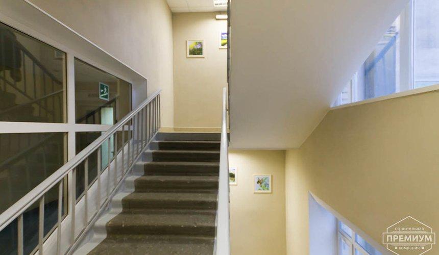 Ремонт лестничной клетки в офисном здании по ул. Шаумяна 7