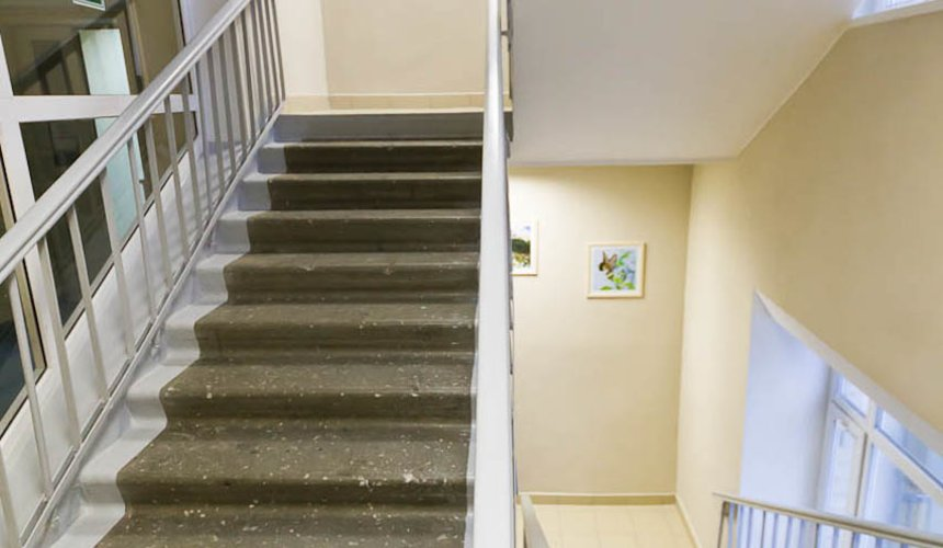 Ремонт лестничной клетки в офисном здании по ул. Шаумяна 8