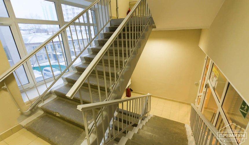 Ремонт лестничной клетки в офисном здании по ул. Шаумяна 10