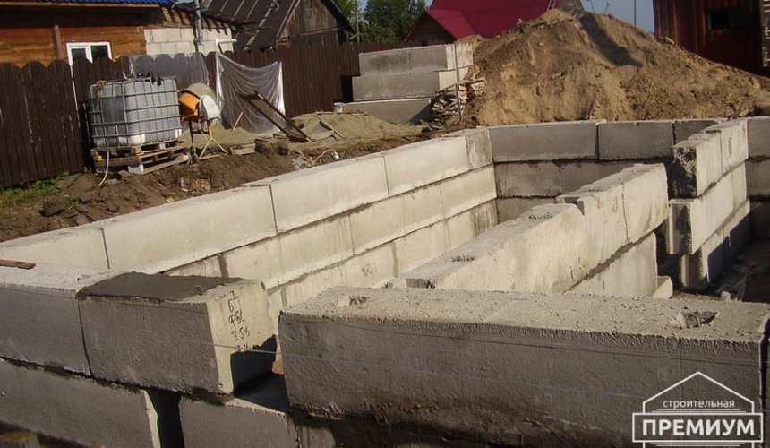 Строительство дома из блоков в коттеджном посёлке Александрия 24